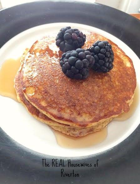 Gluten Free Applesauce Pancakes | www.housewivesofriverton.com