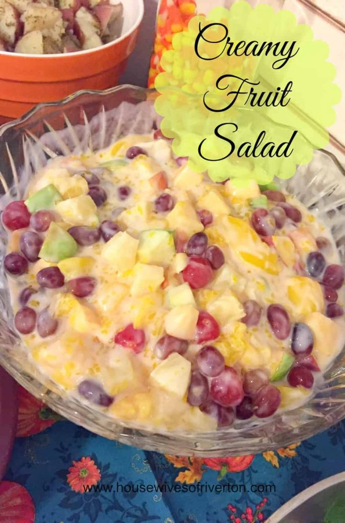 Creamy Fruit Salad | www.housewivesofriverton.com