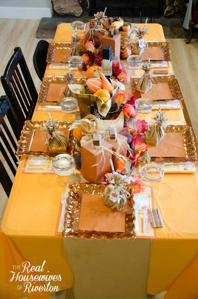 Kid s Thanksgiving Table Decor Housewives Style