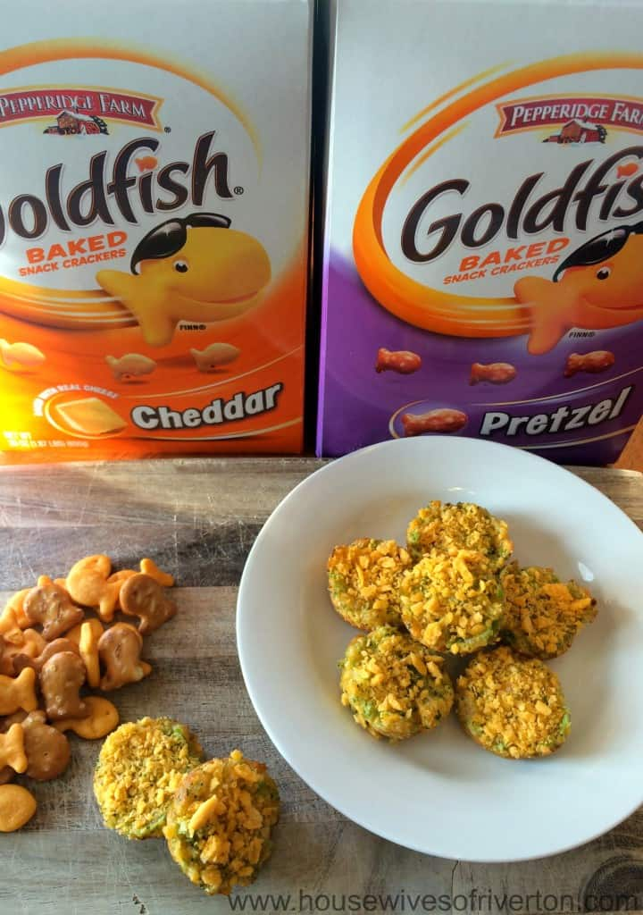 Goldfish Broccoli Cheddar Bites Only four simple ingredients you can feel good about feeding your kids! | www.housewivesofriverton.com