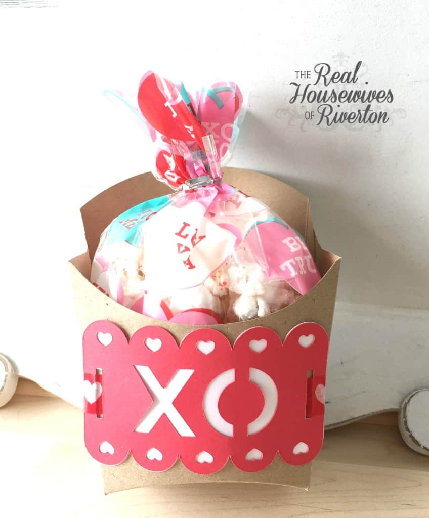 Valentine Treat Box - housewivesofriverton.com