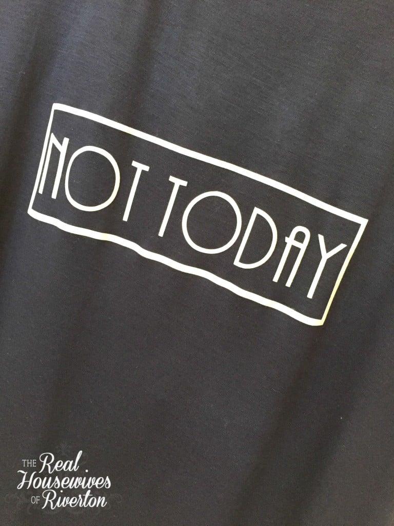 DIY Trendy T-Shirts - housewivesofriverton.com