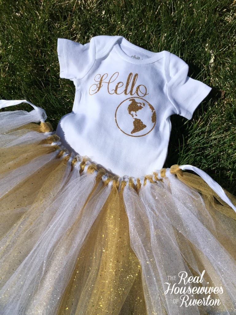 hello world baby onsie - housewivesofriverton.com
