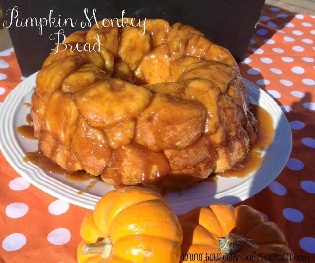 Pumpkin Monkey Bread Recipe | www.housewivesofriverton.com