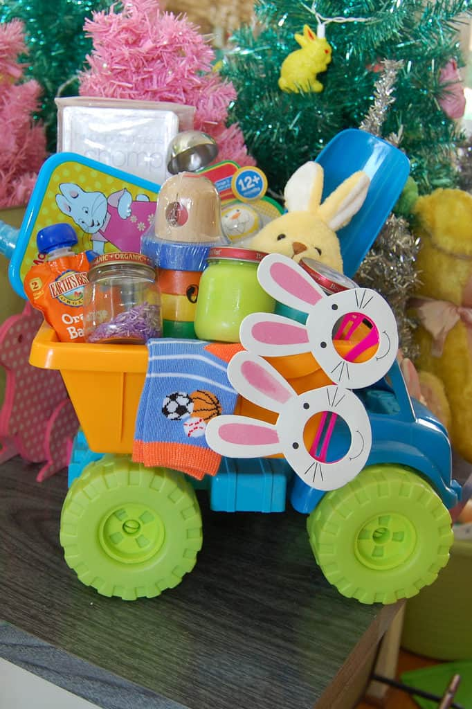 Creative easter basket ideas for babies to teens housewives of ideas for babies and toddlers negle Image collections