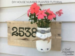 DIY House Number Planter | www.housewivesofriverton.com