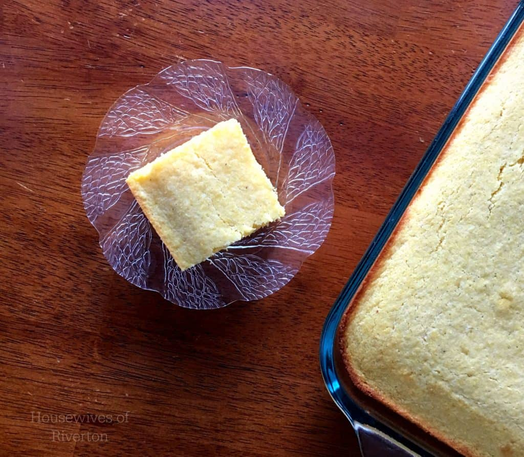 Homemade Sweet Cornbread isn't just for delicious fall foods, it's a wonderful addition to your Summertime barbeques too! | www.housewivesofriverton.com