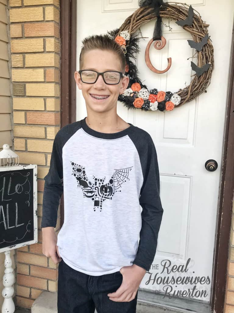 DIY Bat Halloween Shirt - housewivesofriverton.com