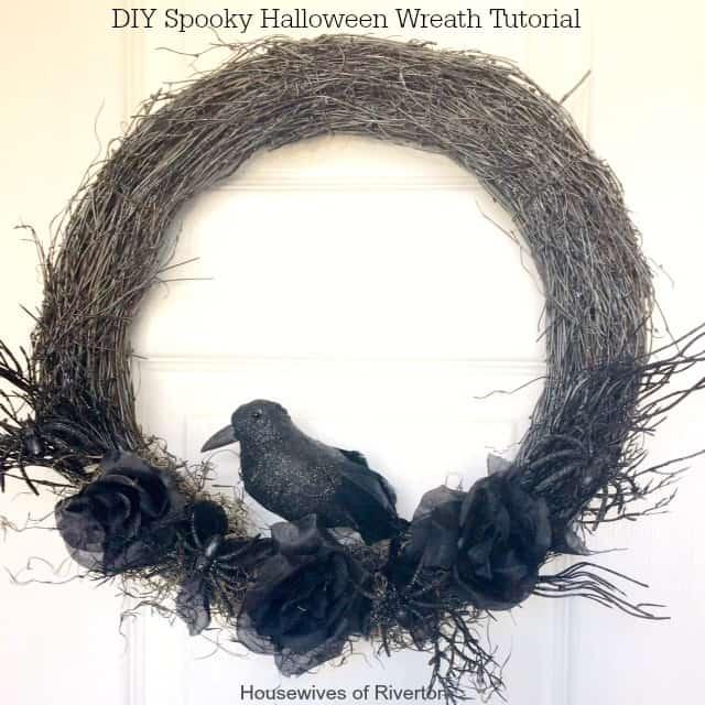 DIY Spooky Halloween Wreath Tutorial