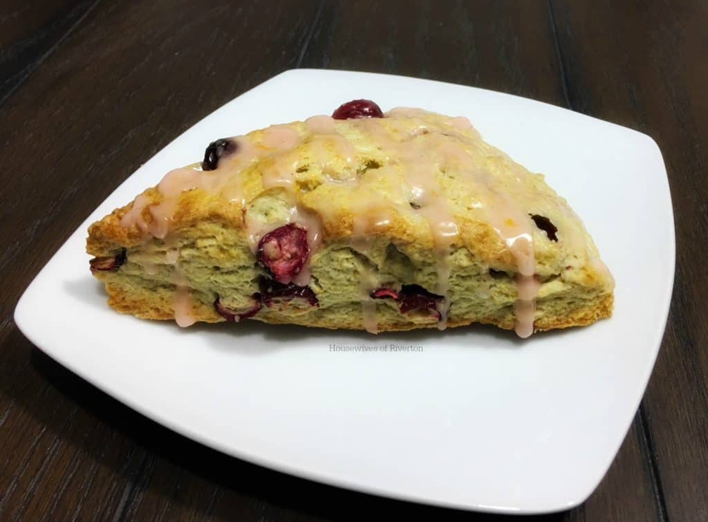 Make your mornings nice and toasty with our Cranberry Blood Orange Scones | www.housewivesofriverton.com