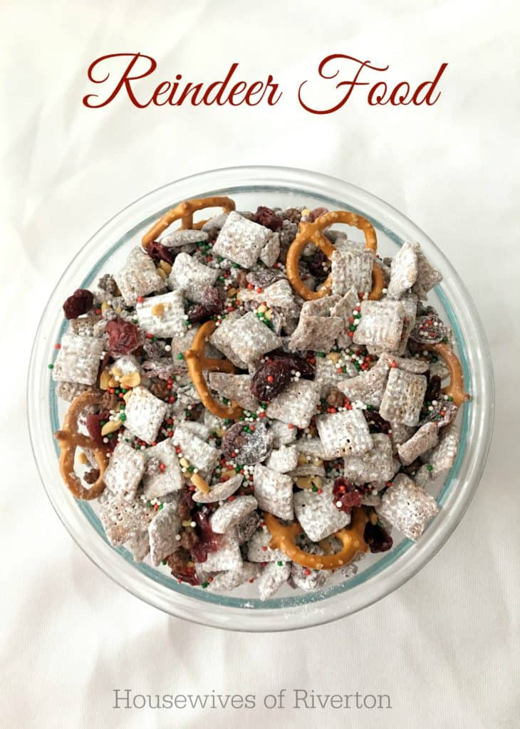 Reindeer Food – Muddy Buddy Trail Mix