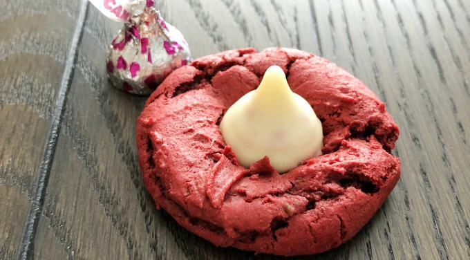 Red Velvet Blossom Cookies are an easy and delicious Valentine treat!   www.housewivesofriverton.com