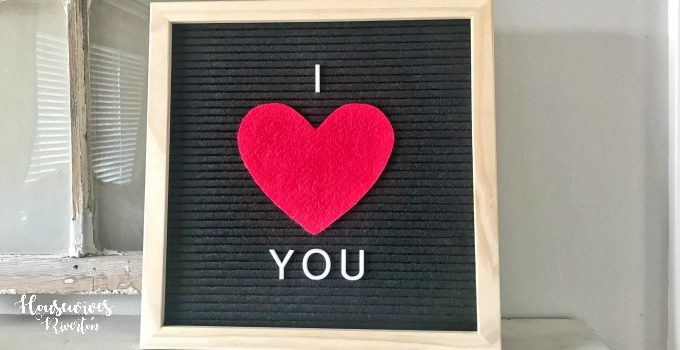 DIY Letter Board Hack (Letterboard Felt Hack) - housewivesofriverton.om