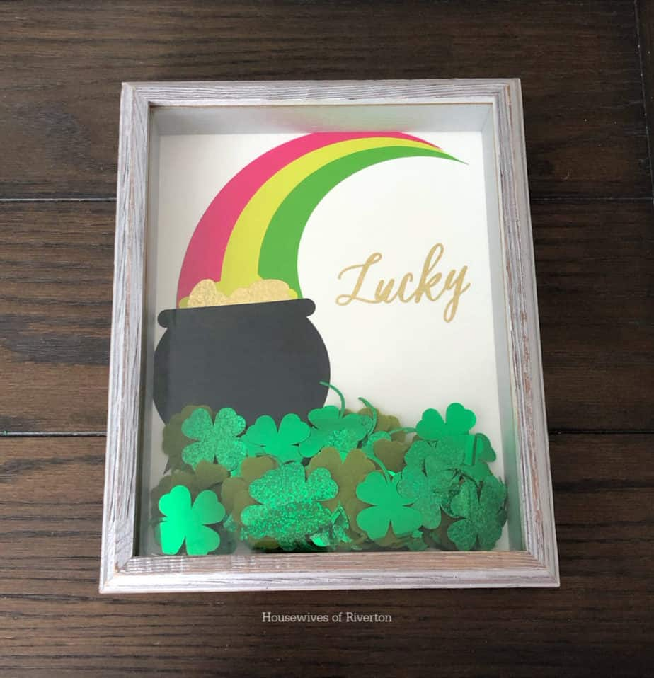 Sparkly St. Patrick's Day Shadow Box