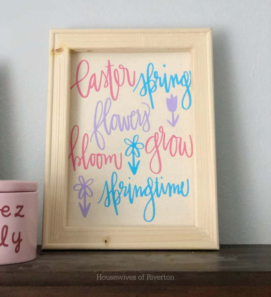Creating a Spring Reverse Canvas | www.housewivesofriverton.com